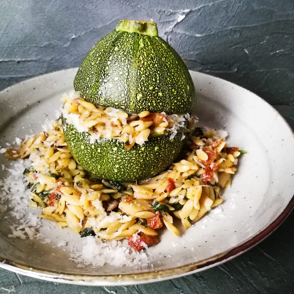 Courgettebol met orzorisotto (W)
