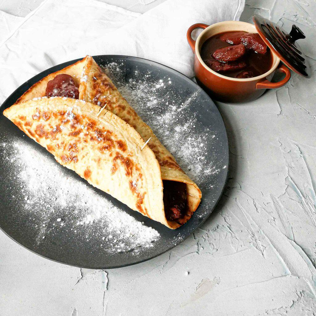 Pannenkoeken met stoofpeertjes met kaneel en tijm