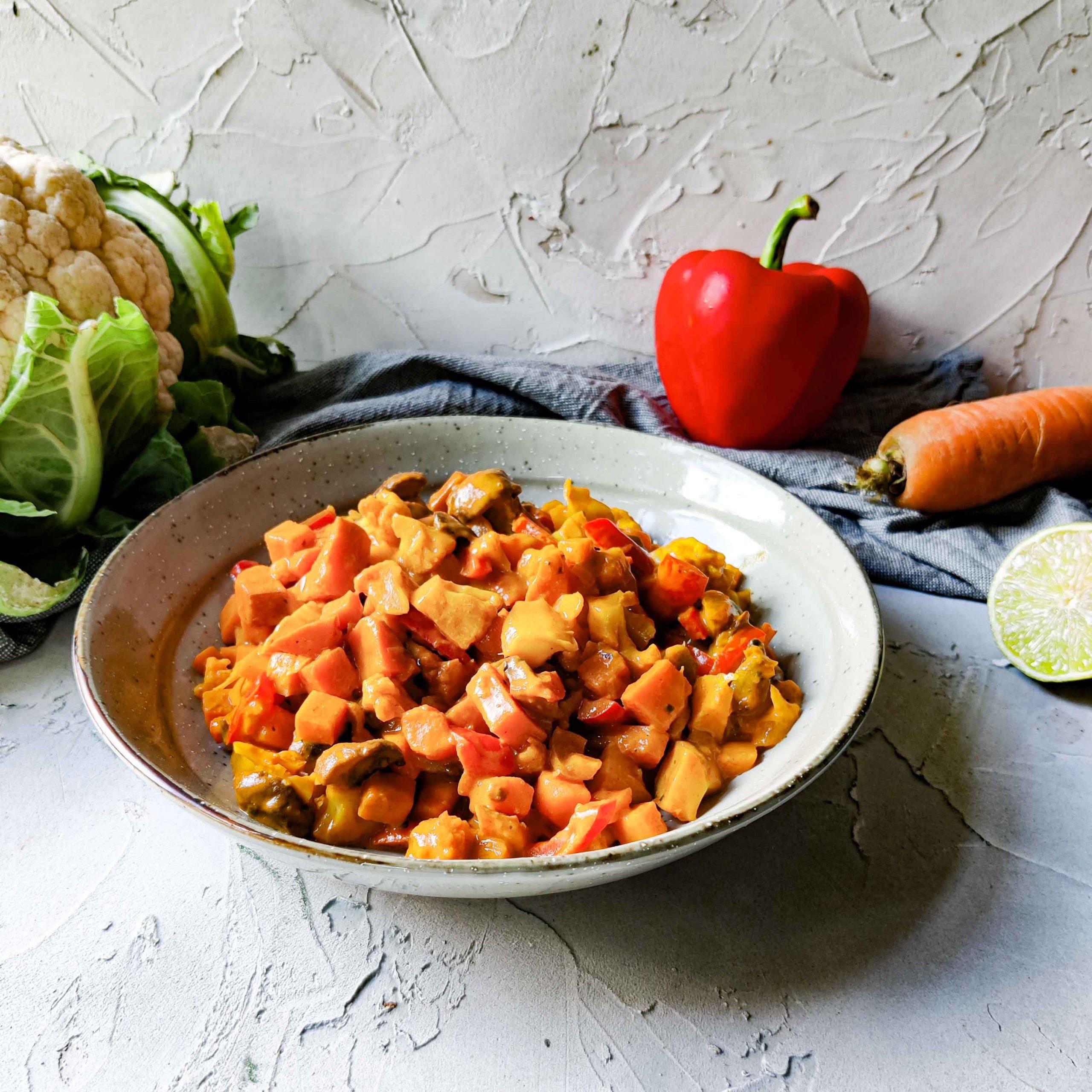 Smaakvolle vegan curry met allerlei groenten